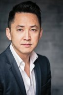 VIET THANH NGUYEN (AUTHOR)