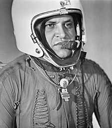 FRANCIS GARY POWERS (1929-1977, CAPTAIN IN THE US AIR FORCE, SHOT DOWN OVER RUSSIA IN 1960 AND HELD PRISONER FOR 2 YEARS)