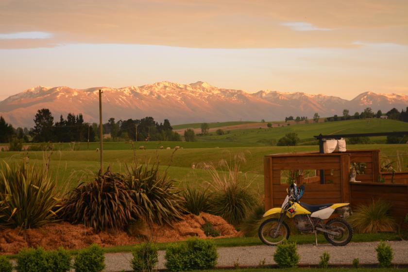 New Zealand 350 Acre Family Farm